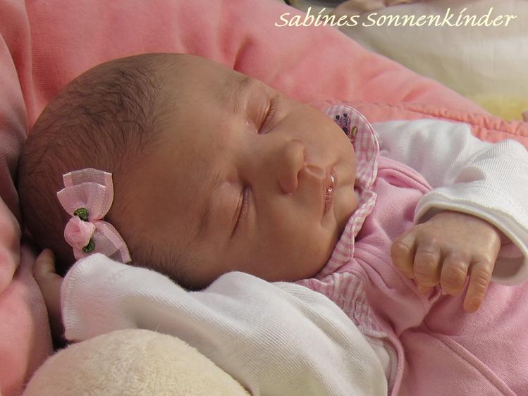 Lilah, für weitere Bilder bitte hier klicken